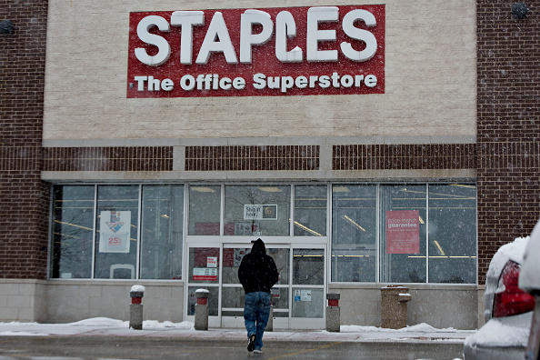 Staples closes 70 stores amid disappointing stocks and sales