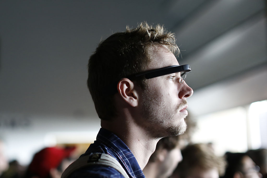 Apple, Facebook join augmented reality glasses race; tech groups bet it could replace smartphone