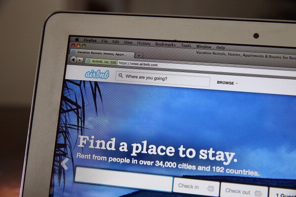 Airbnb closes $1 billion round of investment funding making it second most valuable start-up in US