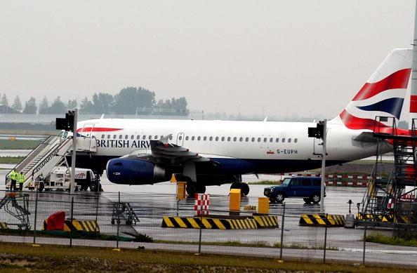 British Airways plane, flight 983 travel